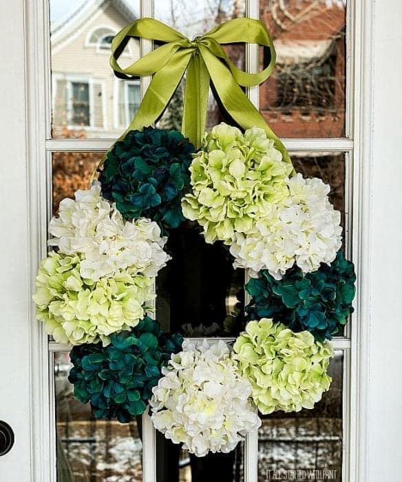 How to make a hydrangea wreath - from It All Started With Paint