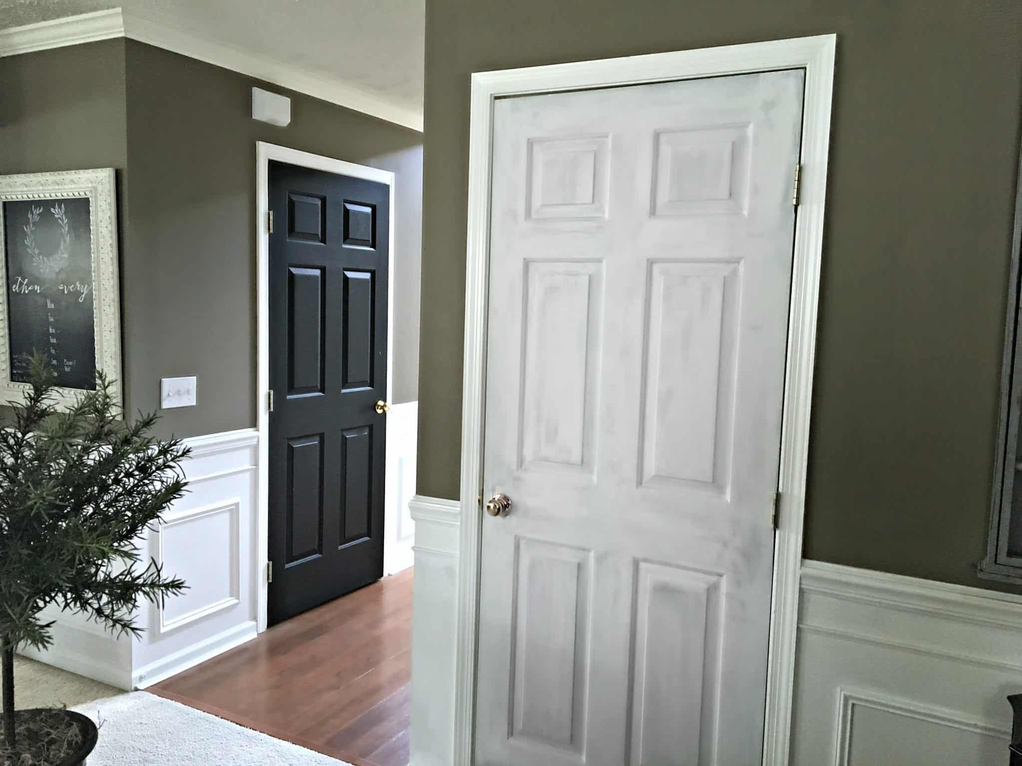 missed the dramatic contrast and the overall look of the black doors. Black Bedroom Furniture Sets. Home Design Ideas