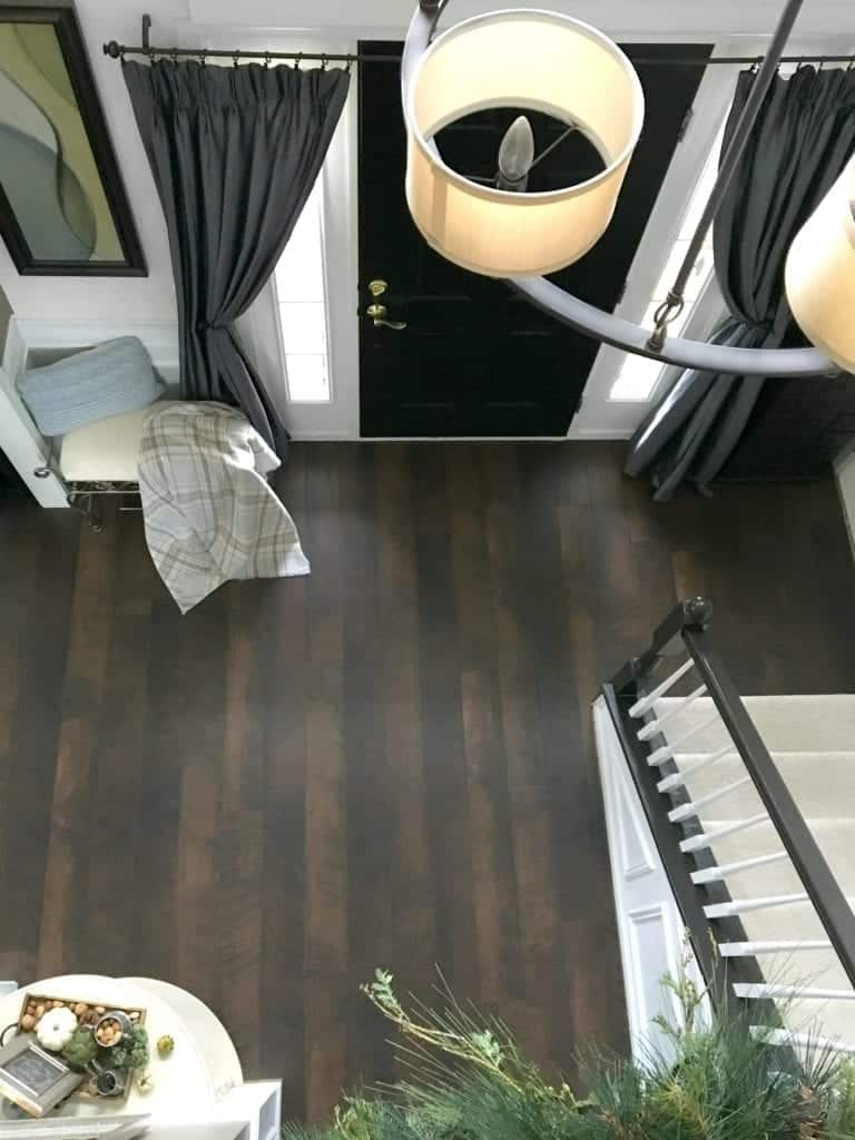 pergo-flooring-foyer-reveal-view-from-upstairs2